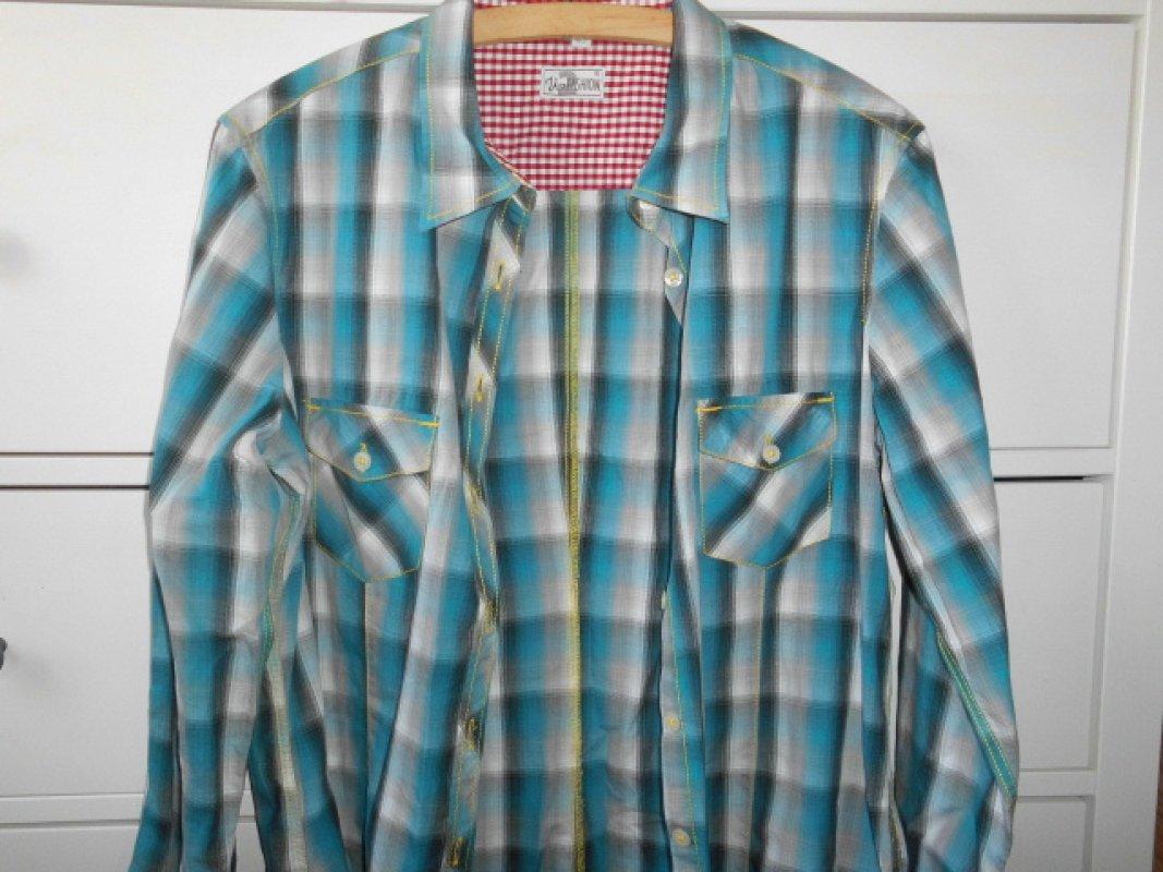 e2a772863b76 blau  weisse Bluse von Up Fashion tauschen  Tauschbörse und ...