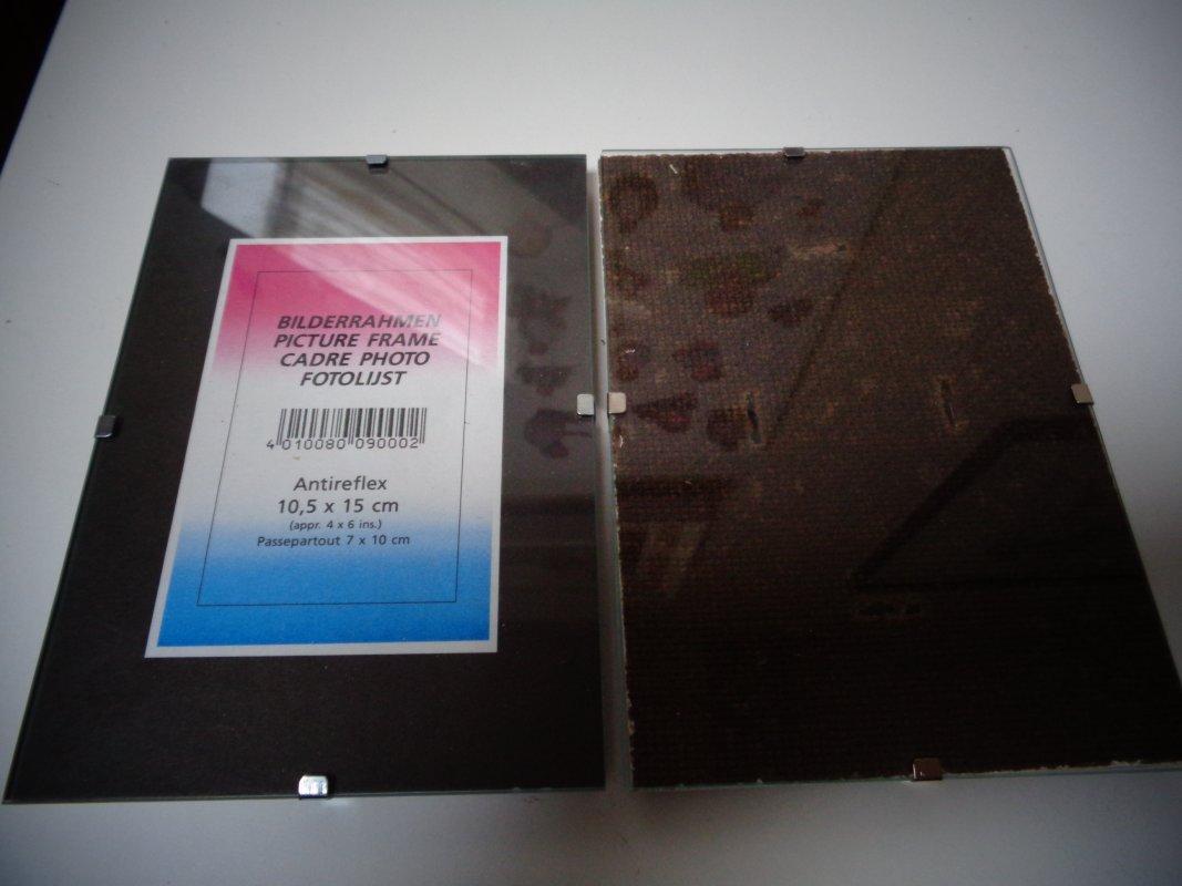 2 Kleinere Rahmenlose Bilderrahmen Fotohalter Tauschen Tauschborse