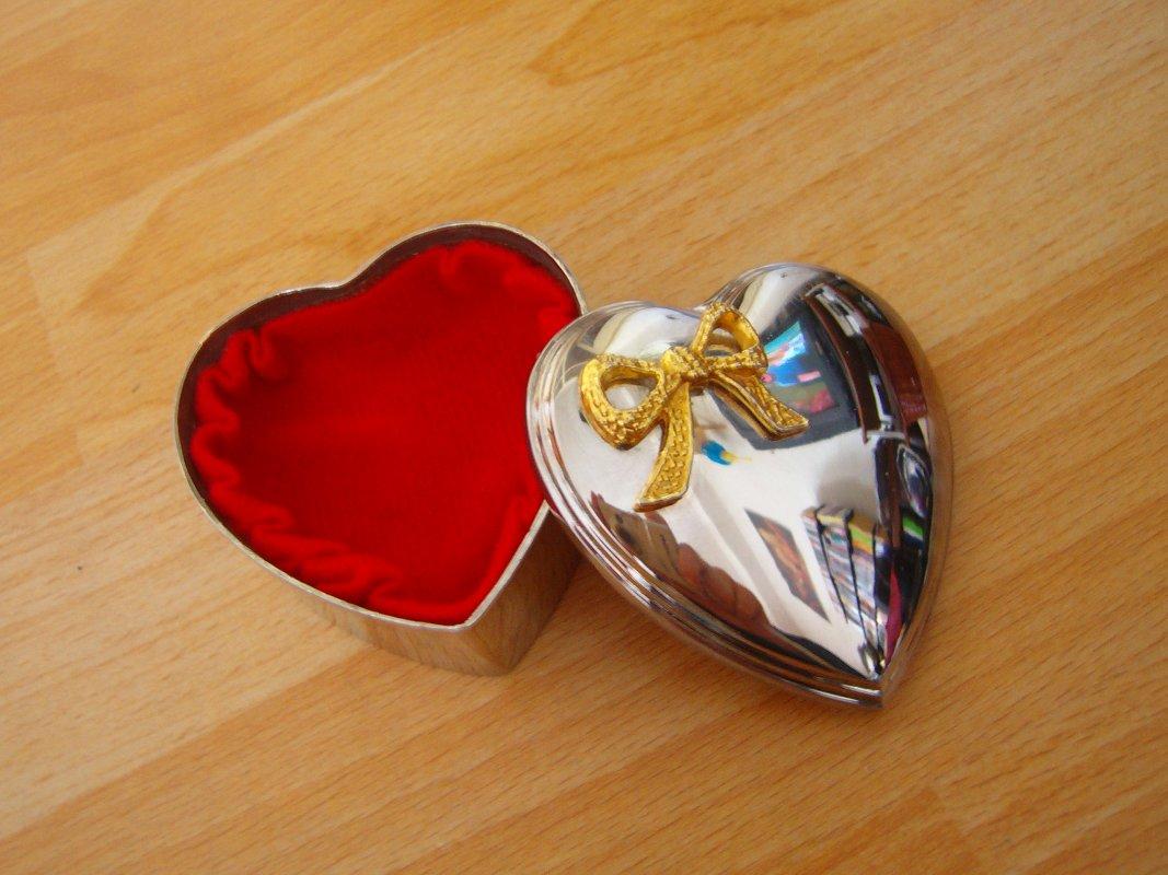 Silberne Herzdose Dose herzförmig massiv mit Bilderrahmen tauschen ...