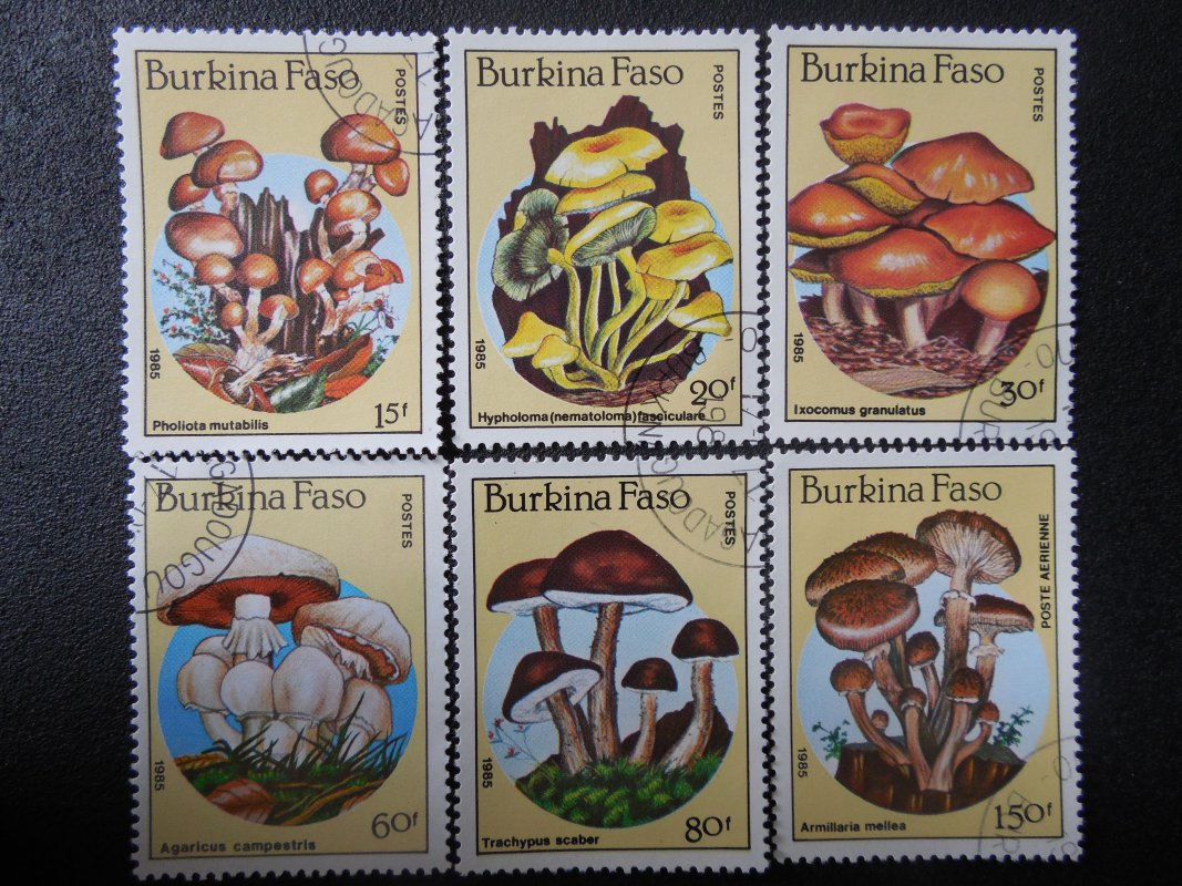 Briefmarken Aus Burkina Faso Burkina Faso